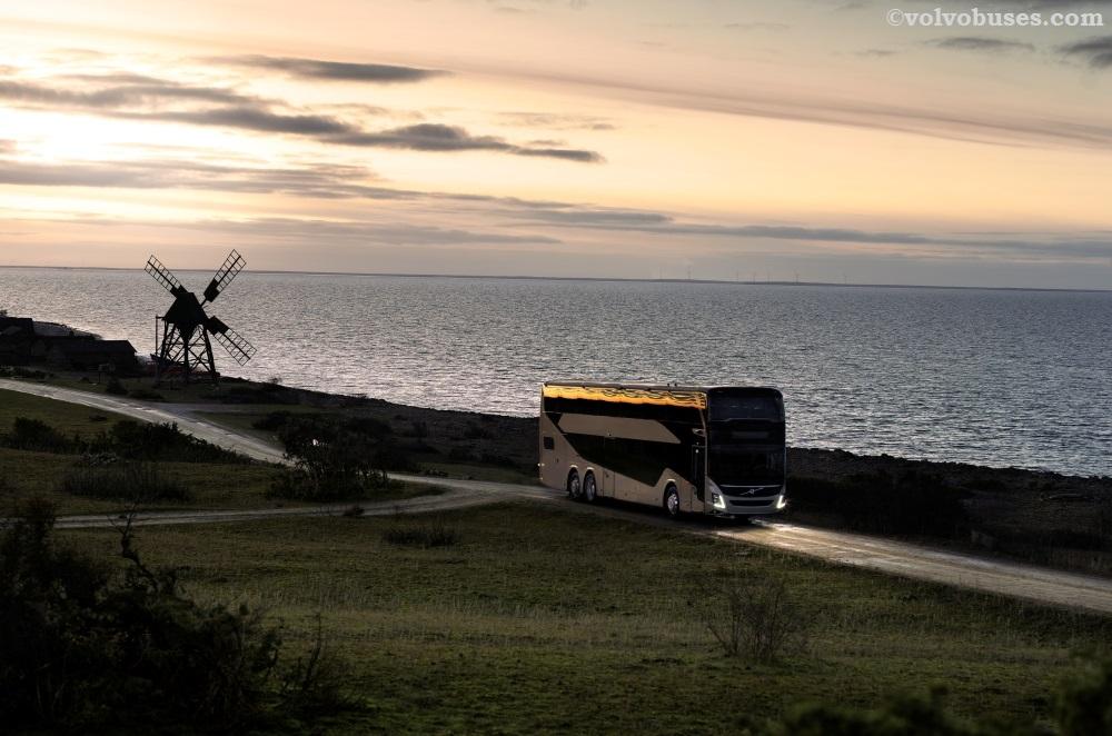 Membuka 2021, Volvo Luncurkan Bus Double-decker Baru