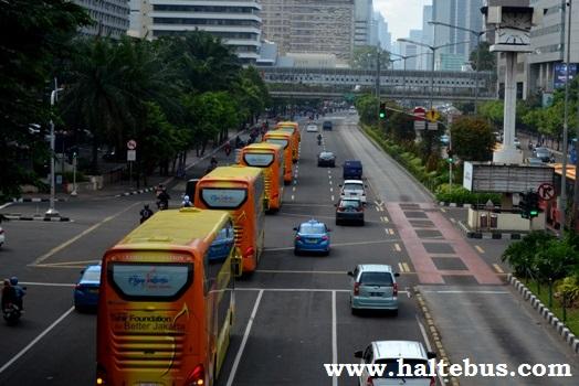 Jakarta Diwarnai Bus Tingkat Asal Jawa Tengah