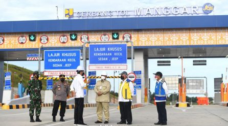 Jalon Tol Pertama di Kalimantan Resmi Beroperasi