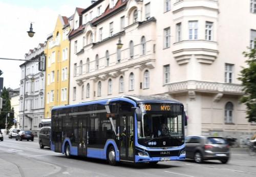 Bus Listrik MAN Lion's City E Layani Pengunjung Pameran IAA